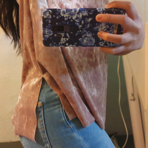 Sjukt söt ljusrosa tröja jag aldrig använder längre, jättefint skick💓