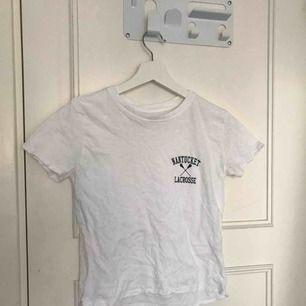 Vit t-shirt med tryck från Brandy Melville
