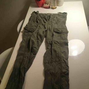 cargo pants från zara !