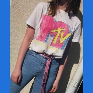 MTV tshirt med retro/80s tryck Frakt 25kr