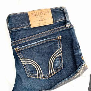 Hollister shorts i stl w23, frakten ingår i priset!