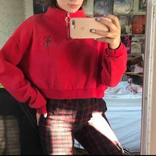 Jätte fin & mysig tröja från hm! Storlek xl🥰