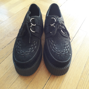 Faux suede creepers bought from Nastygal. Never worn outside. Just let me know if you have any questions or want to see more pictures :)