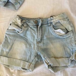 Ljusblå shorts från warp