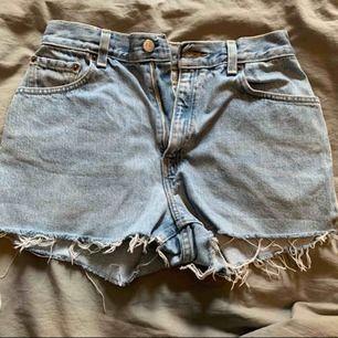 Ett par äkta Levis shorts i storlek M