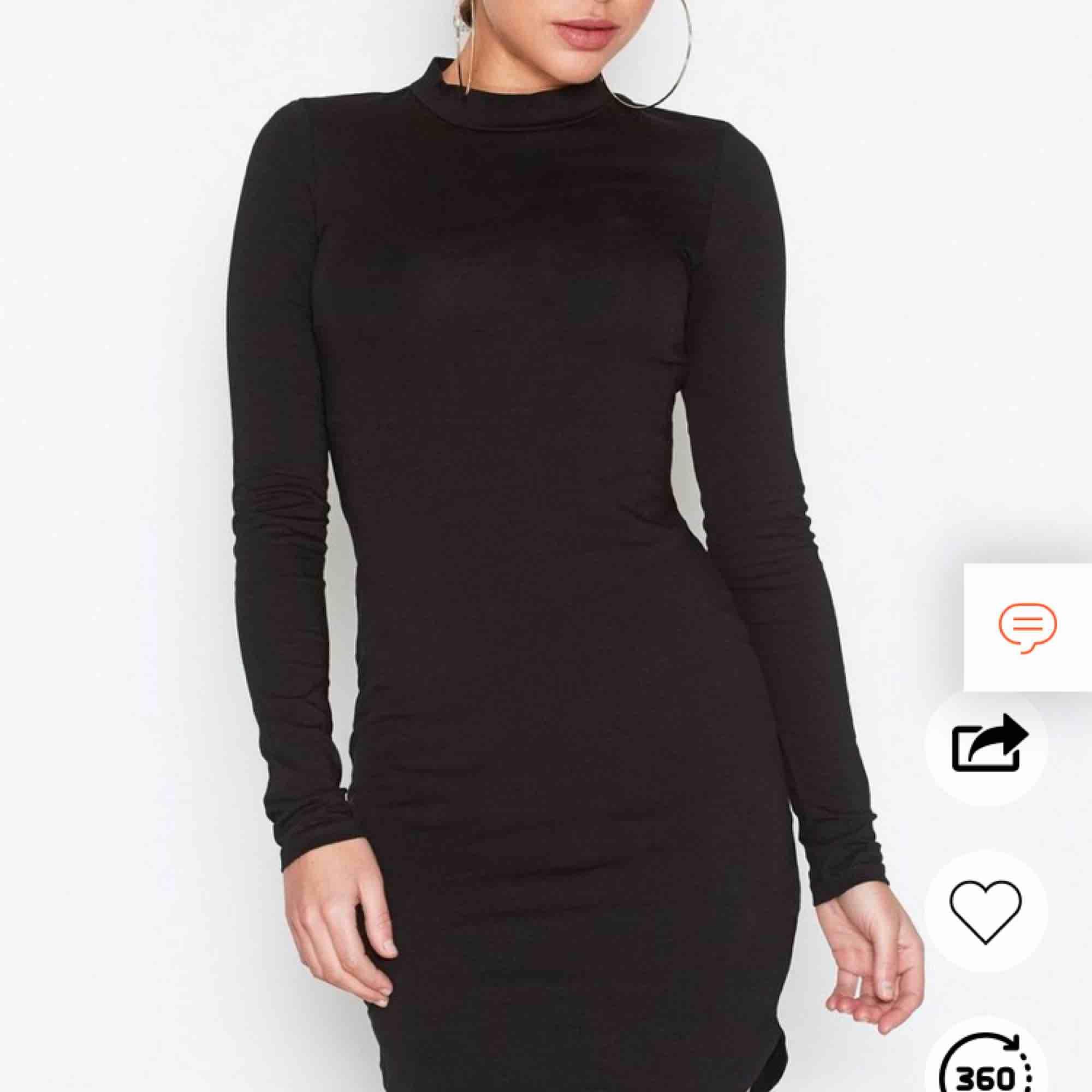 Aldrig använd, storlek XS, endast frakt (köparen står för frakten, 55kr). Klänningar.