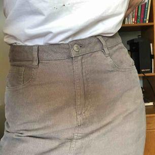 Fräsig kjol i Manchester - köparen står för frakten