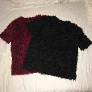 Snygg, mjuka och mysiga tröjor. 50 kr/st. Oanvända och passar både S och XS. Har du några frågor eller vill ha fler bilder är det basa att skriva till mig 😊 Frakt betalar köparen.