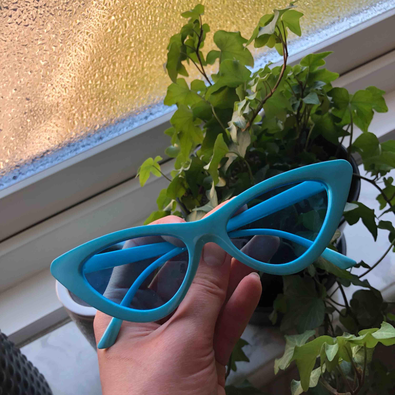 Snygga solglasögon från Madlady, aldrig använda! . Accessoarer.