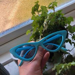 Snygga solglasögon från Madlady, aldrig använda!