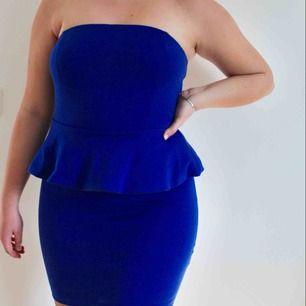 Fin blå klänning från bikbok!