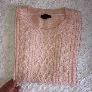 Supersöt tröja från Lindex aldrig använd, köpare står för frakt som vanligt
