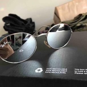 Fins solgalsögon endast använda 2 gånger. Priset går alltid att diskutera