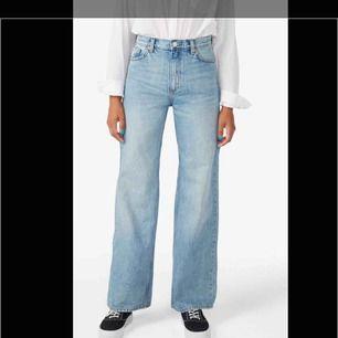 Oanvända Yoko jeans från monki, storlek w24. Slutsålda på deras hemsida!
