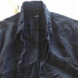 Linneskjorta J.lindeberg använda några gånger bara.