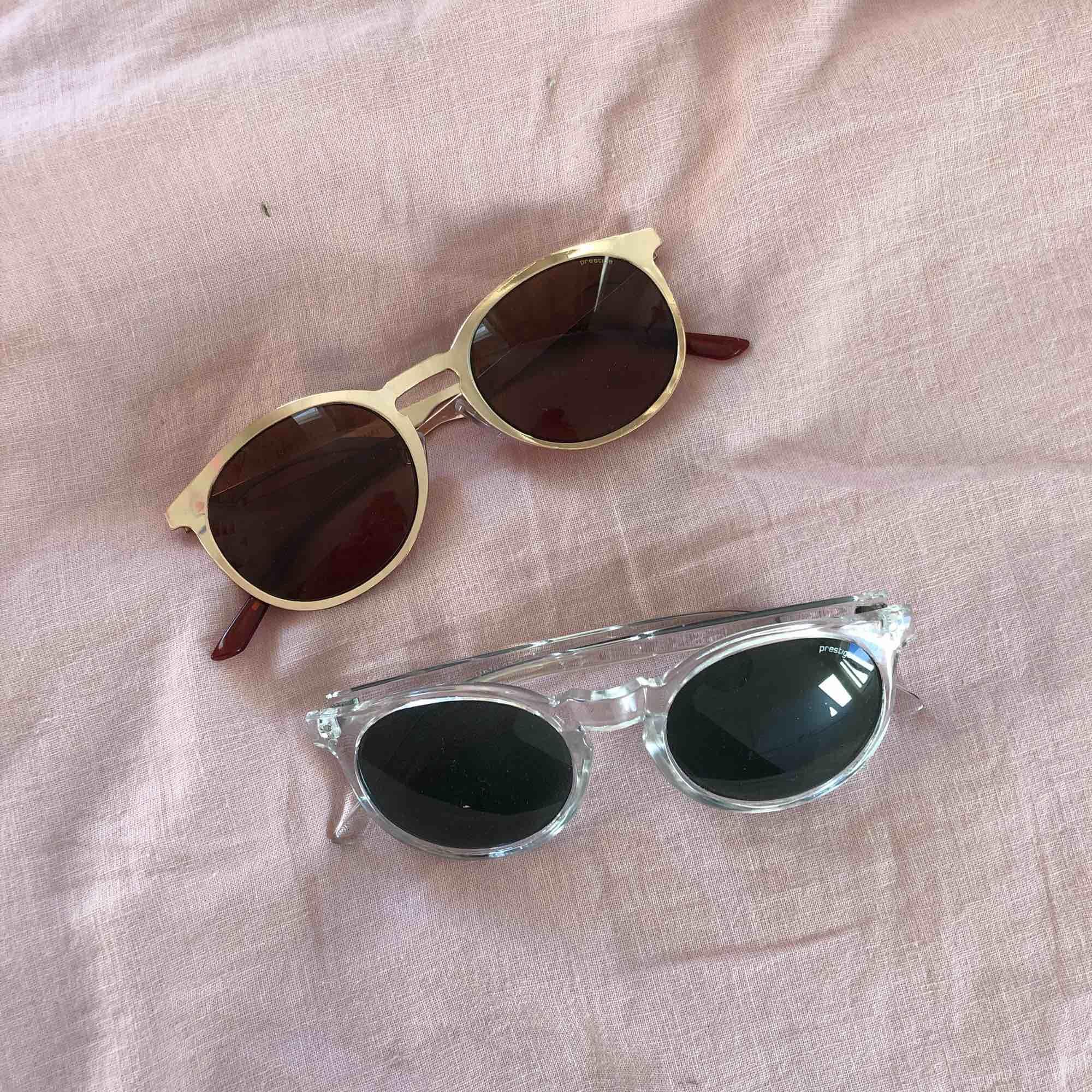 Solglasögon!! 50kr styck eller båda för 80kr. Accessoarer.