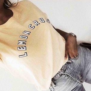 Snygg T-shirt från GinaTricot🍋🍋 18kr frakt tillkommer