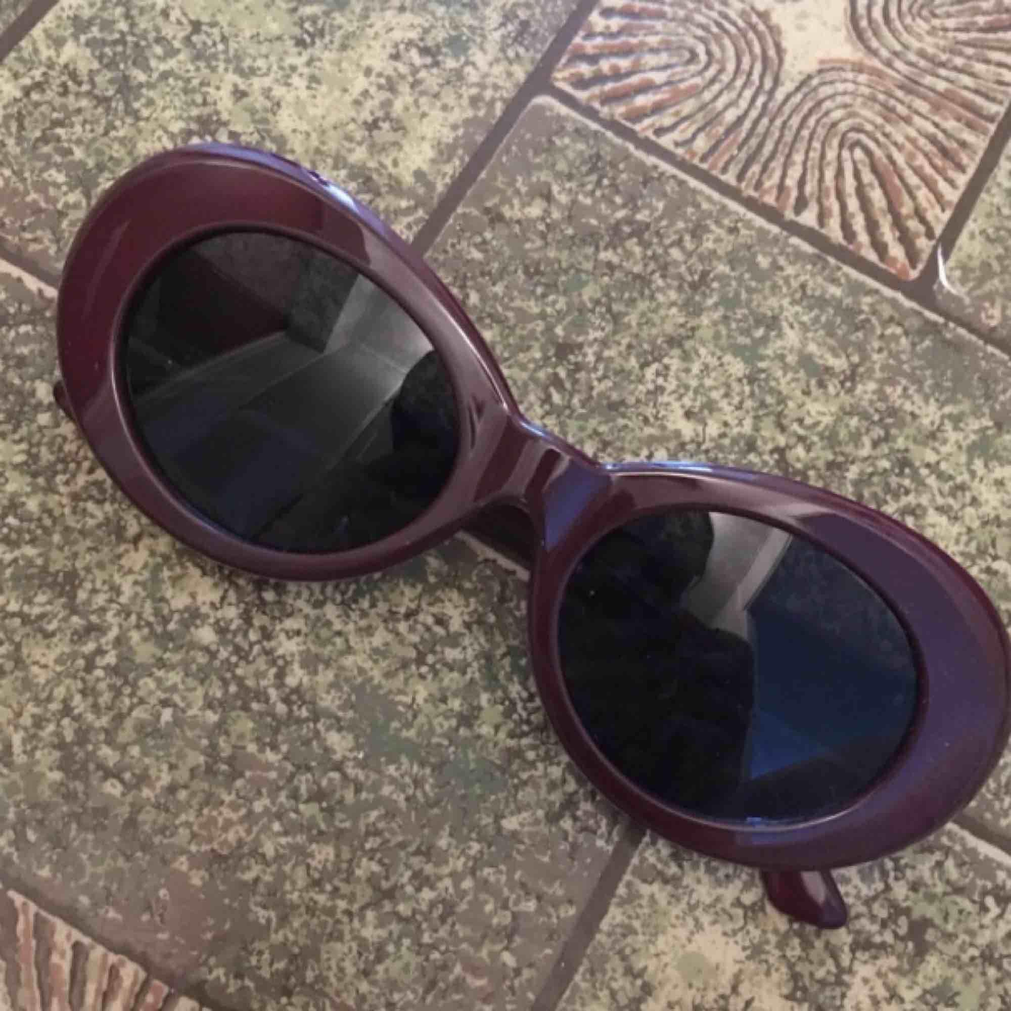 Nya solglasögon 🌞 frakt 18kr. Accessoarer.