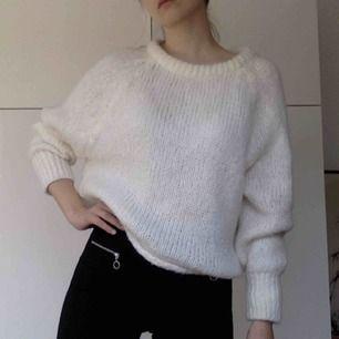 Otroligt mysig tröja i mohair-mix! Från Zara, i nyskick! Har swish, kan mötas!