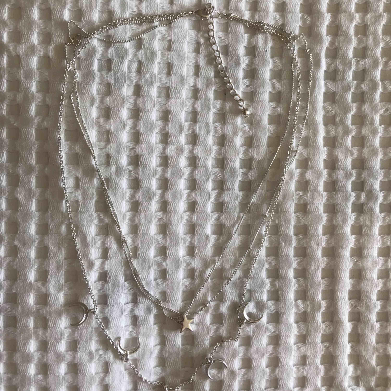 Super fint halsband! 🐎 Köparen står för frakt💌 Kolla gärna mina andra annonser!💞. Accessoarer.