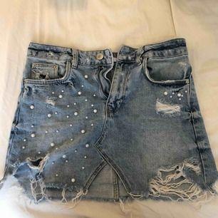 Snyggaste jeanskjolen någonsin!! Ett måste att ha i sommar och vår