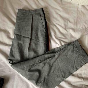 Kostym byxor, knappt använda