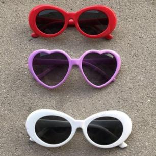 Säljer dessa tre solglasögon, kan sälja alla tre för 50!