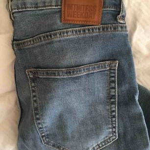 Weekday jeans, endast använda ett fåtal gånger!