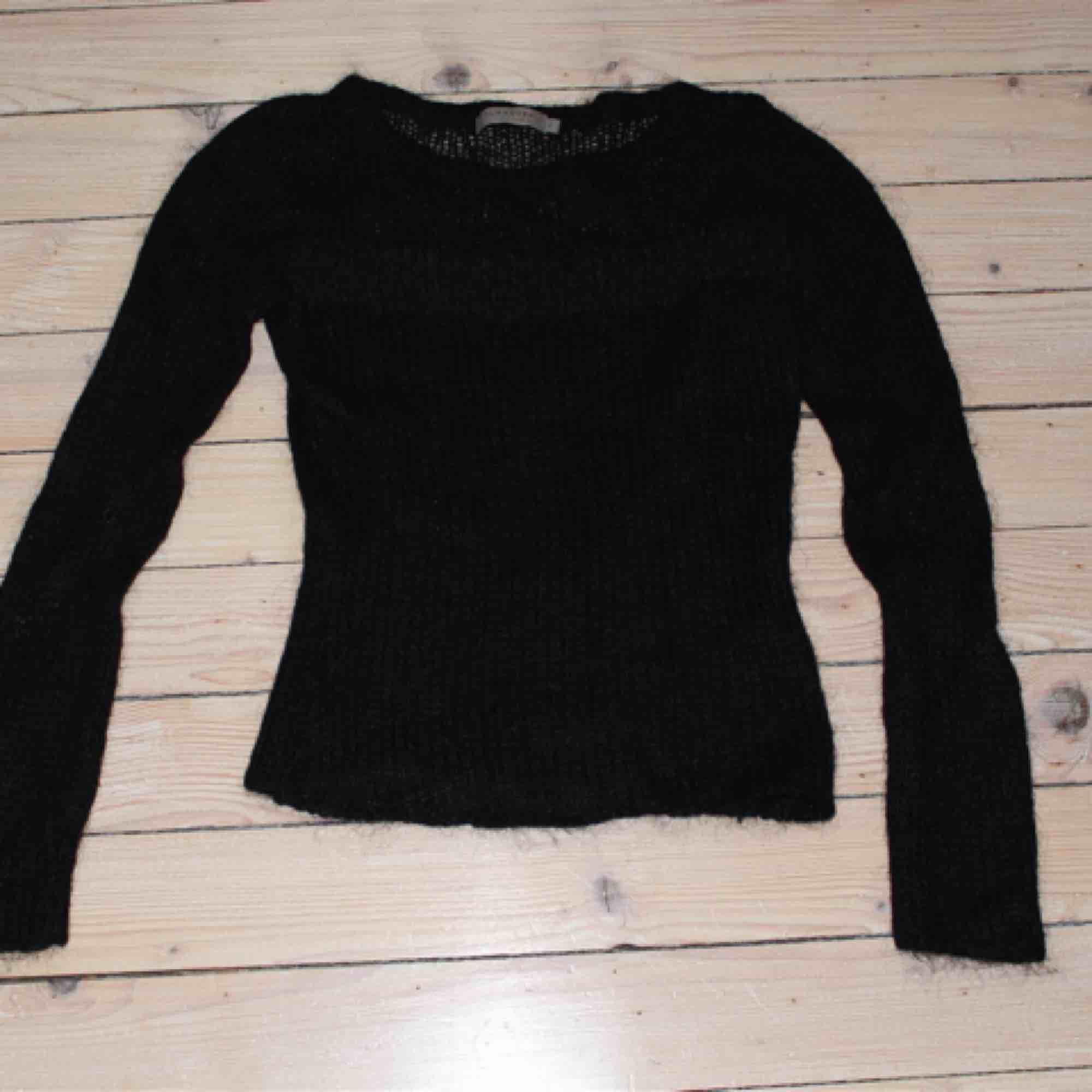 Begagnad tröja från Turnover i fint skick. Storleken är XS.. Tröjor & Koftor.