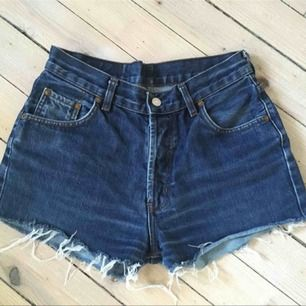 Vintage Levis jeansshorts