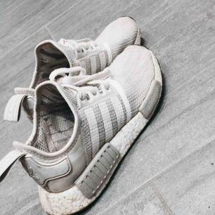 Adidas nmd en grå färg pris kan diskuteras