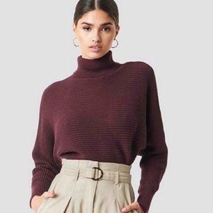 Säljer denna superfina tröja från Nakd! Storlek XS! Använd 1 gång! Skicka för egna bilder!
