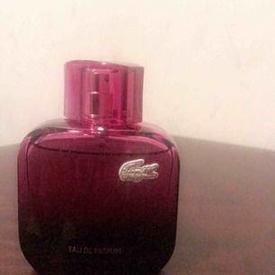 Lacoste dam parfymer oanvänd 300 för st