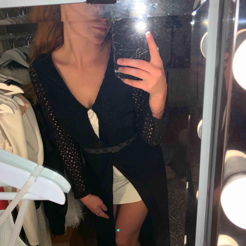 Så snygg klänning/kofta. . Klänningar.