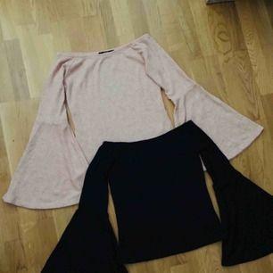 2 stycken tröjor ifrån Bikbok i stl. M. Kan både användas som off shoulder eller som en vanlig tröja. Perfekt till sommaren!