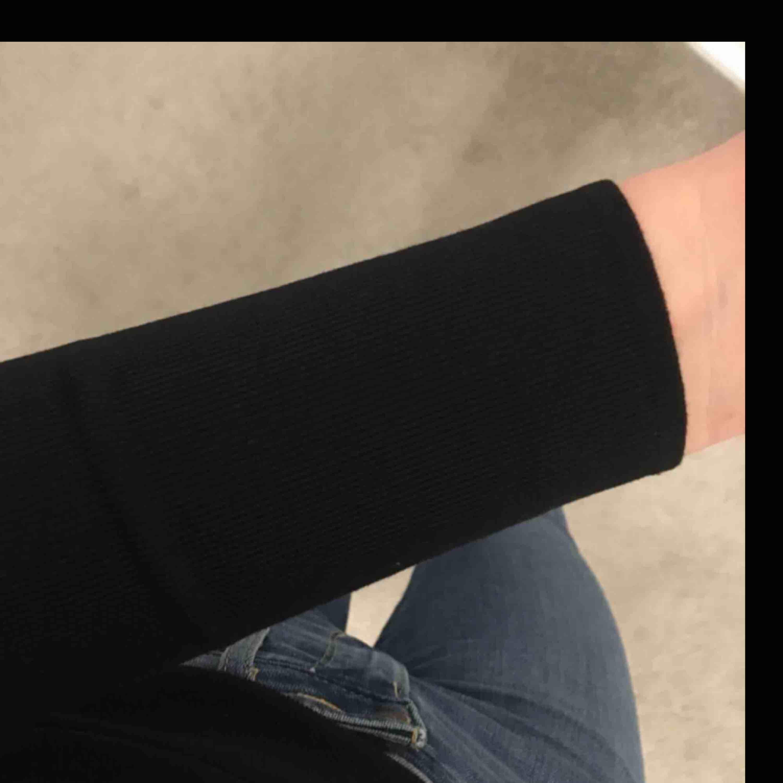 Fin tröja från bikbok, som ny. Huvtröjor & Träningströjor.