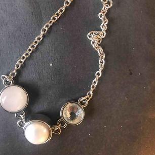 Armband med pärlor fint Alla mina saker jag kan skicka 😀