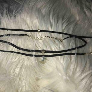 Tre-pack halsband.