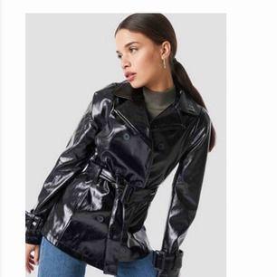 säljer den här snygga jackan ifrån Nakd då den inte kommit så mycket till användning! Den är som helt ny. (Köparen betalar frakt) 💕