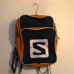 Salomon ryggsäck