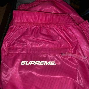 Supreme byxor helt nya!