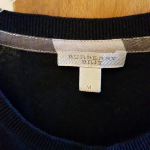 Herr tröja grå färg, väldigt fräch har knappast använts, storlek medium