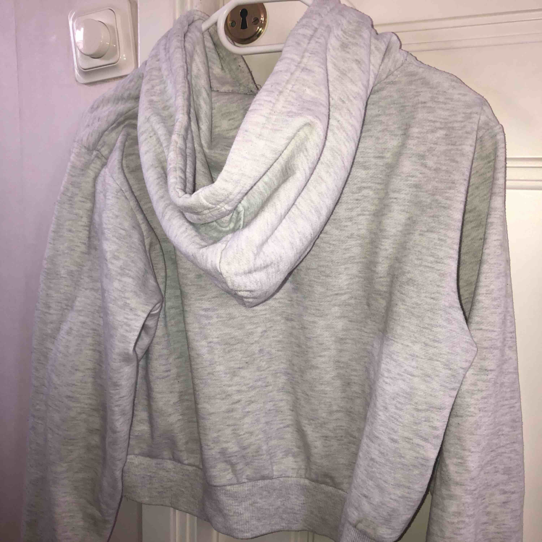 Jätte fin och skön hoodie. Huvtröjor & Träningströjor.