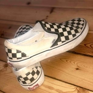 Vans U Classic Slip-on Black/White Checker  Strl 38, sällan använda