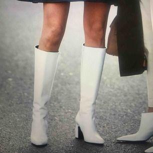 Söööker vita boots storlek 38-39!!