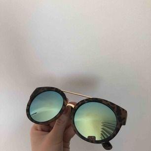 Supercoola solbrillor från River Island! 🔥
