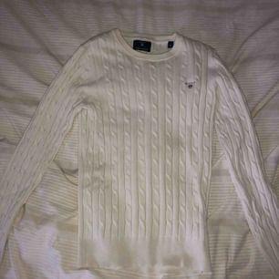 En stickat tröja ifrån Gant i storlek xs.  Köparen står för frakten 🌸