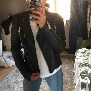 Moto Jacket från Chiquelle, skinnjacka,  Köparen står för frakt 🌟