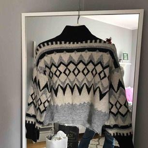 Jättemysig tröja från hm! Skriv för fler bilder och info, köpare står för frakt!