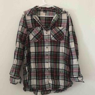 Mjuk skjorta (+frakt)